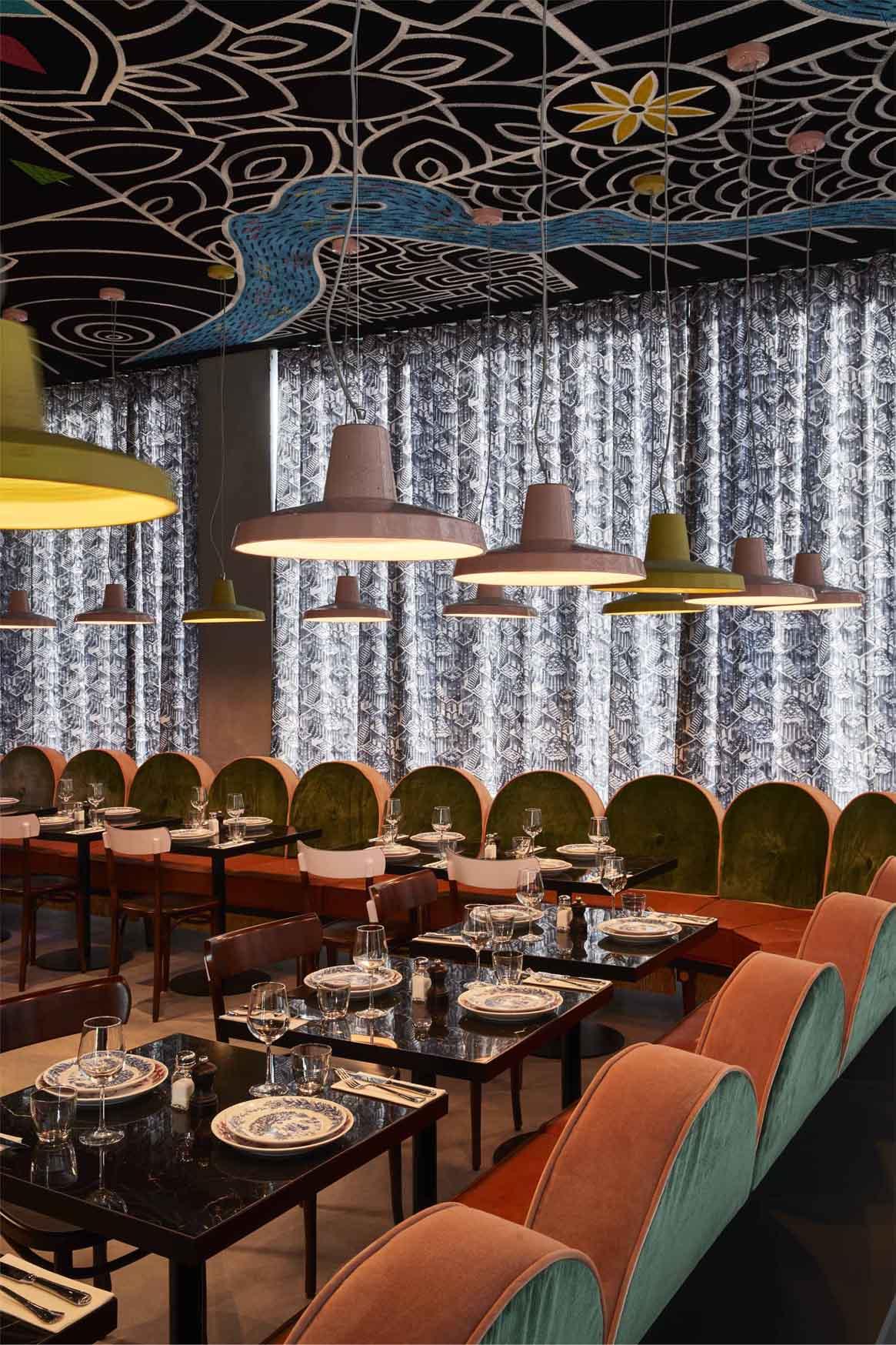 Kleinbettingen restaurant chandeliers best binary options signals providers connection